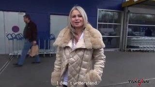 Madrasta sai em um passeio de van com os filhos e fode com os três