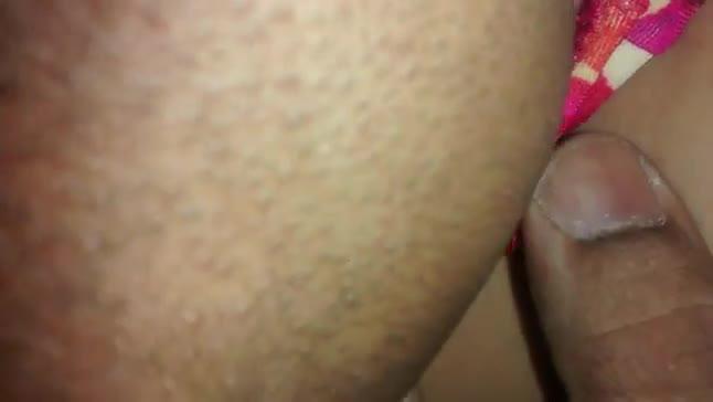 Chupando a bucetinha da minha namorada